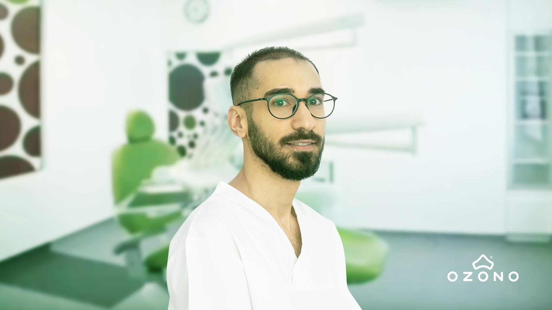 Incrustații dentare | Dr. Mehrzad Moheb