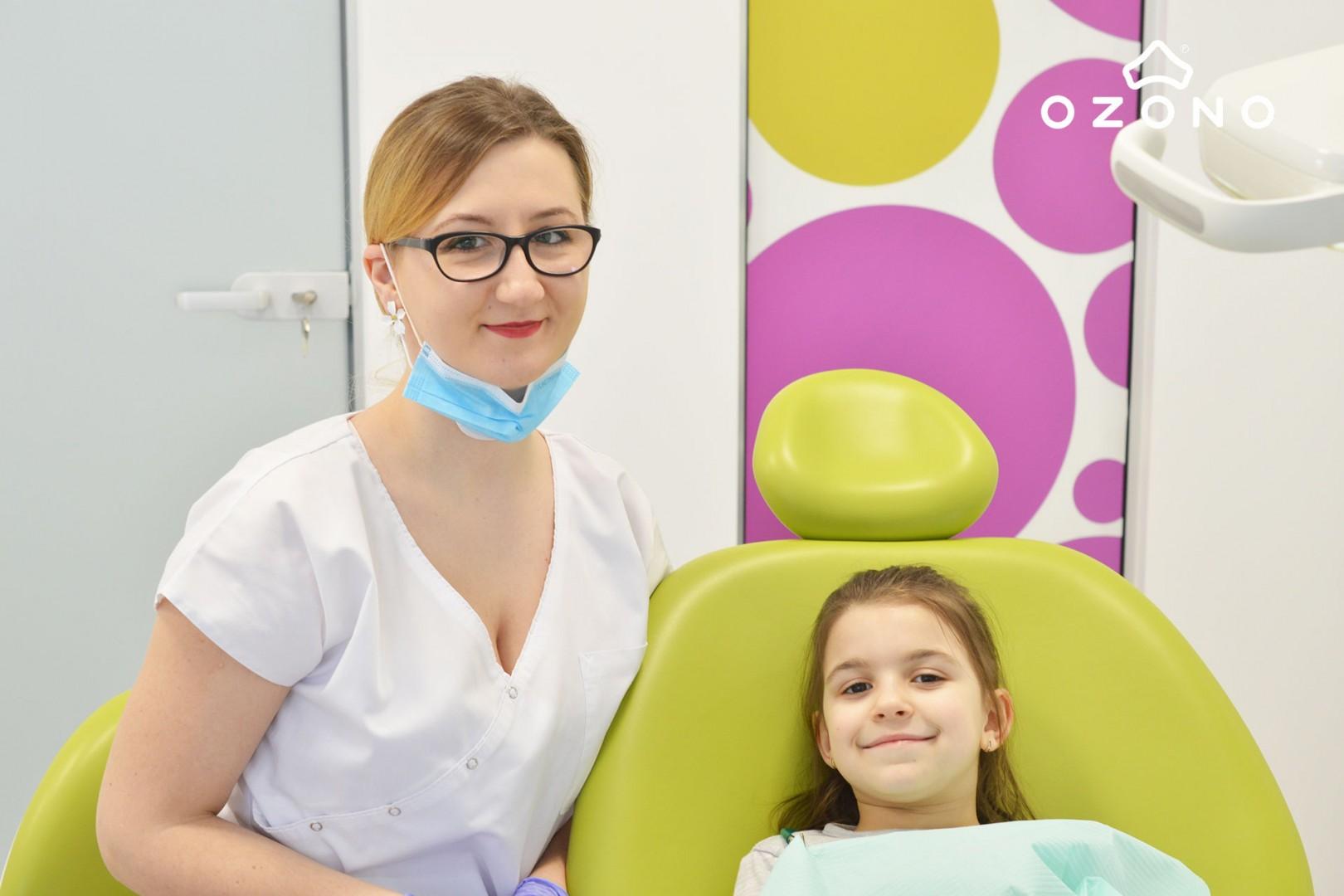 Prima vizită la stomatolog a copilului  | Echipa OZONO
