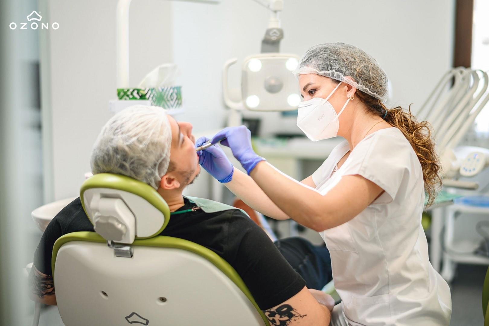 Materialele bioceramice în tratamentul endodontic    Dr. Decolli Yllka